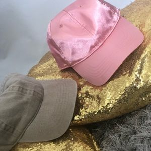 Fashionable Cap 🧢 | One Size Fit All | 2 for 1